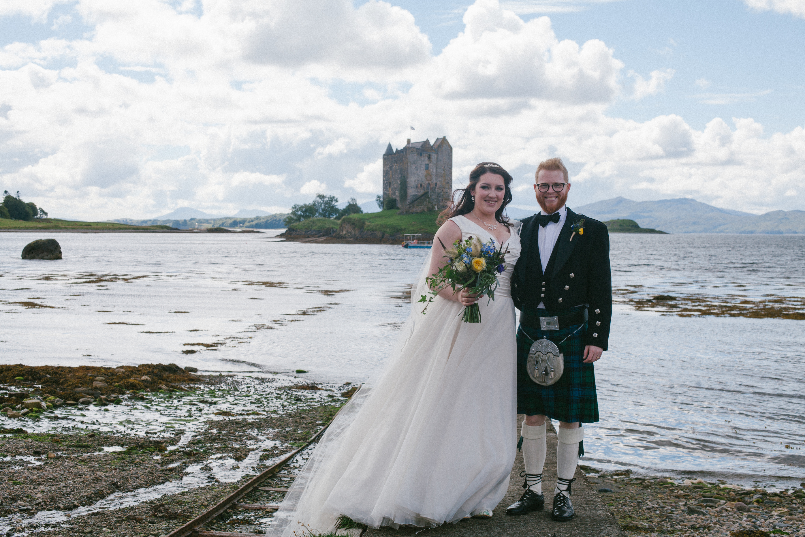 Aim9 Wedding Florist Oban The Thistle And The Rose